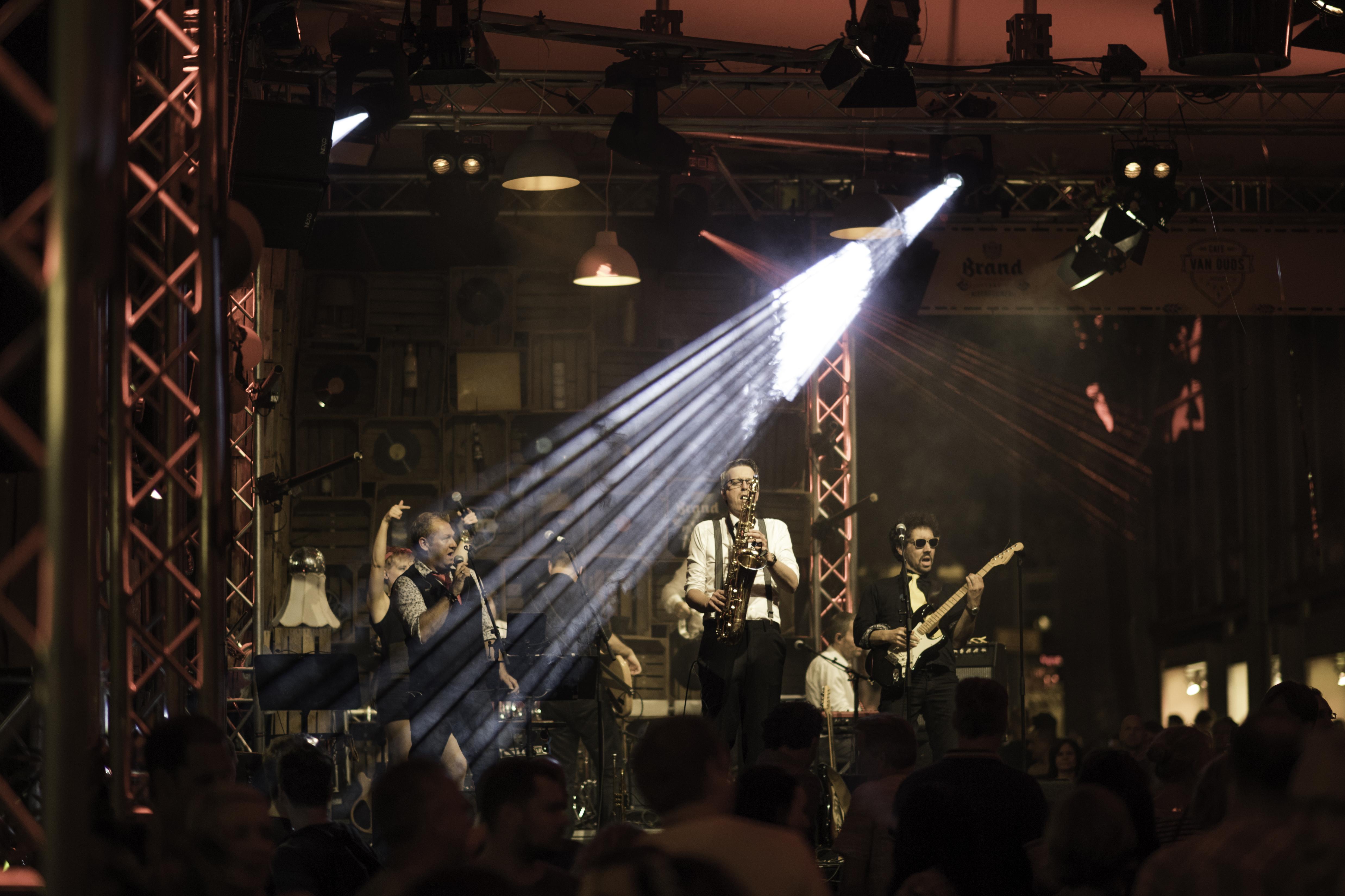 coverband Dancefloor Dandies - Vierdaagsefeesten Nijmegen